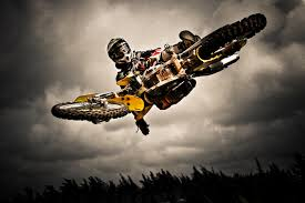 video freestyle motocross dirt bike jump photoshoot bullet pinterest dirt biking and