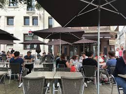 restaurant au bureau poitiers le café de la paix restaurant 11 place du maréchal leclerc