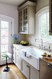 Apron Sink With Backsplash by Best 25 Copper Kitchen Sinks Ideas On Pinterest Copper Sinks