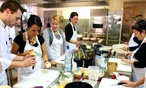 cours de cuisine avec un grand chef étoilé cour de cuisine simple en cuisine avec un chef tre stelle dans