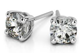 diamond studs for men style guide buying diamond earrings for men diamond studs for men