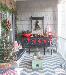 front porch christmas decorations front porch decorating ideas you ll want to copy for christmas