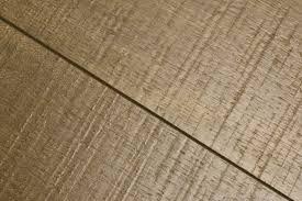 Wood Vs Laminate Flooring Laminate Flooring Compared To Hardwood Amazing Laminate Vs