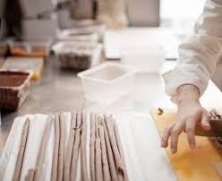 cours de cuisine christophe michalak christophe michalak le sens de l essentiel perene
