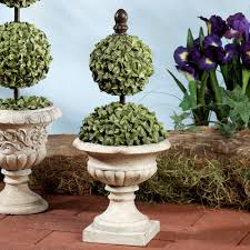 Flower Topiary Percelle Polystone Topiary Accents