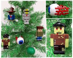 amazon com terraria christmas tree ornament set featuring silver
