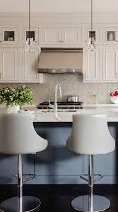 white kitchen cabinets with backsplash 112 chevron backsplash zig zag stunning chevron