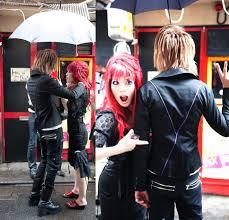Morticia Addams Dress Gyaru Hairstyle Tokyo Hostess U0026 Hime Gal Hair Salon Kabukicho