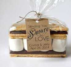 creative wedding favors choosing the best chocolate wedding favors registaz
