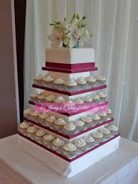 wedding cake and cupcakes 8 square wedding cake with cupcakes on top photo small square