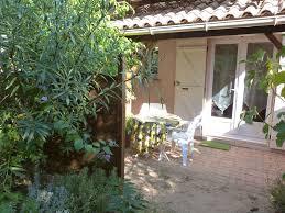 chambre d hote porto vecchio chambre 2 personnes équipée d une salle de bain avec terrasse
