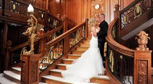 mgm wedding intimate wedding ceremony aboard the titanic at luxor m