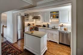 amenagement cuisine rectangulaire cuisine rectangulaire hostelo 8 astuces pour aménager un