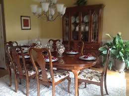 Ethan Allen Queen Anne Dining Chairs Updating 1980s Queen Anne Dining Table Hutch And Buffet See Pics