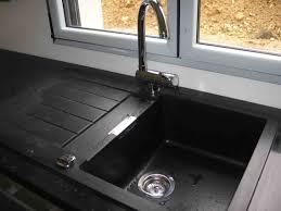 robinet cuisine basculant robinet cuisine escamotable sous fenetre inspirations avec robinet