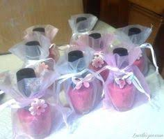 baby shower keepsakes for guests packaging on these m m baby shower favors photo by melody