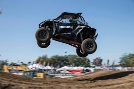 ricky johnson and sara price host the 2017 off road motorsports