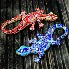 garden ornament mosaic lizard gecko colourful resin wall mountable