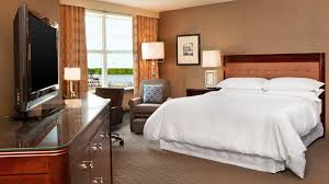 sheraton portsmouth harborside hotel deluxe guest rooms