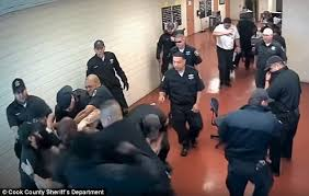 hairstyles for correctional officers inmate attacks a dozen jail guards in chicago daily mail online