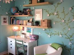 bureau coloré chambre deco bureau enfant bureau chambre fille grise et prune