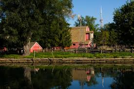 10 cheap or free things to do in toronto