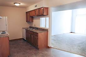3 Bedroom Apartments In Springfield Mo Polo Club Apartments The Wooten Company