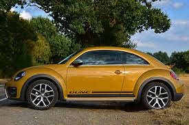 new volkswagen beetle 2016 volkswagen beetle dune coupe review 2016 parkers