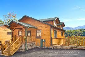 gatlinburg 2 bedroom cabins gatlinburg cabin rocky top 2 bedroom sleeps 8 swimming