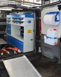 scaffali per furgoni usati furgone allestito per moto