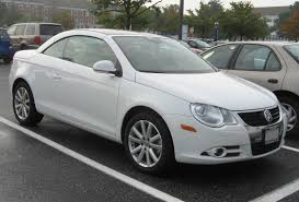 white volkswagen convertible volkswagen eos a sport convertible that women can u0027t resist