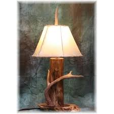 peak buck rub log u0026 mule deer antler table lamp