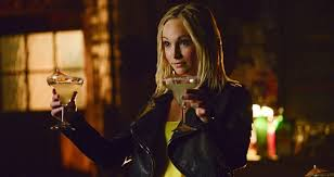 vire diaries hairstyles caroline 19 reasons caroline forbes is the best part of the vire diaries