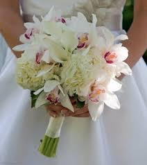 calla lilies bouquet white orchid and calla bouquet in montchanin de petals