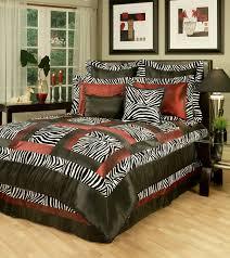 Zebra Designs For Bedroom Walls Cheetah Bedrooms Animal Print Bedroom Decorating Ideas 20 Leopard