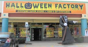 spirit halloween stores in connecticut halloween pop ups a little scarcer chicago tribune