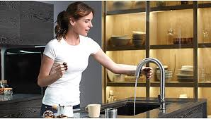 Touch Free Kitchen Faucets by A Look Into The Offerings Of Residential Touchless Faucets 2014