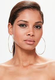 large hoop earrings fashion icon must try large hoop earrings bingefashion
