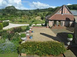 superb cottages with private tub homeaway malvern