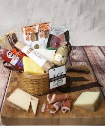 cheese baskets best 25 cheese gift baskets ideas on food baskets for