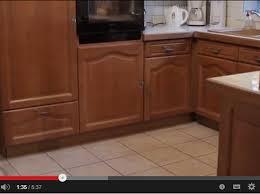 relooker sa cuisine en bois vidéo relooker complètement sa cuisine en un week end