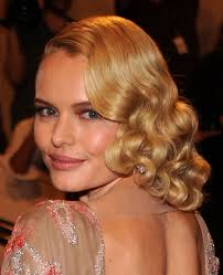 medium length wavy hairstyle hairstyles popular 2012 medium length wavy hairstyles for blonde