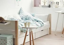lit enfant ludique parure de lit enfant tous les modèles pour une chambre tendance