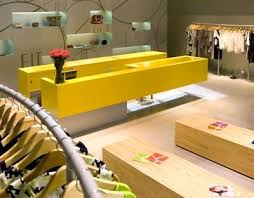 Small Shop Decoration Ideas 24 Best Showroom Design Images On Pinterest Windows Shops And Home