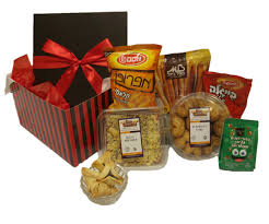purim boxes mishloach manot purim box 42 59 00 gilisgoodies fresh
