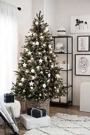 white tree decorations and ornaments idea