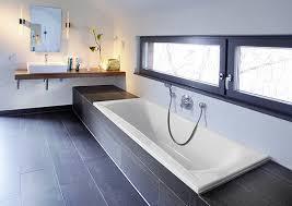 Riesige Badewanne Badewanne Für Große Menschen Eckventil Waschmaschine