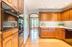 what color goes with oak cabinets the shade of white wall paint for oak trim laurel home
