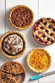 favorite thanksgiving pies the 25 best ideas about thanksgiving pies on pinterest