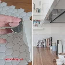 recouvrir faience cuisine recouvrir le carrelage de la cuisine pour idees de deco de cuisine